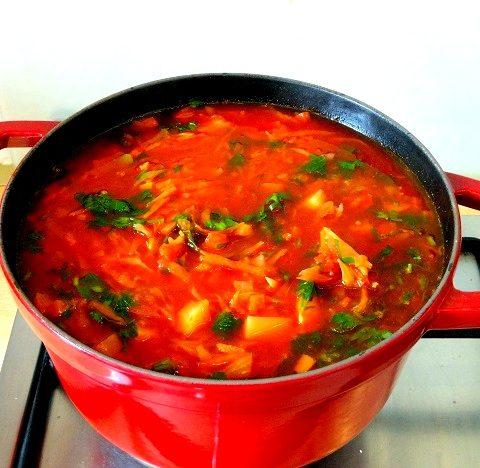 Bortsch cuisine moldave Borș moldovenesc
