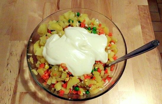 Salade Olivier mayonnaise