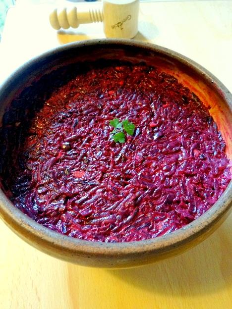 Cuisine moldave salade betterave végétarienne