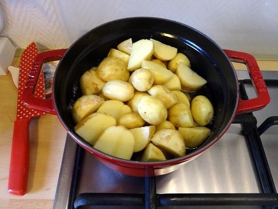 cuisine moldave traditionnelle pomme de terre aneth