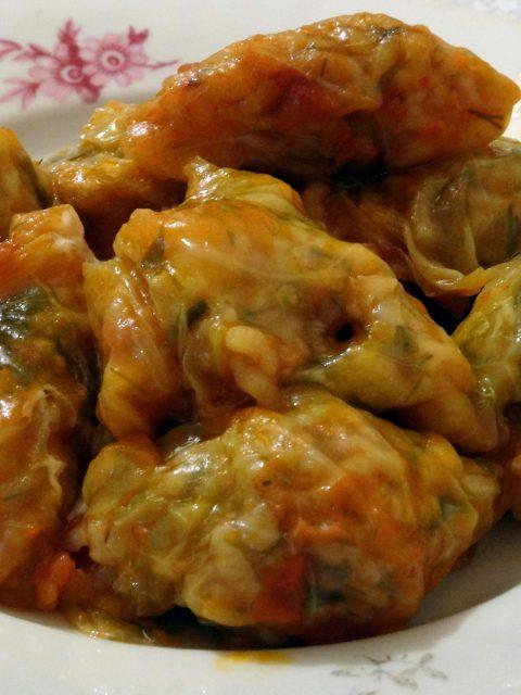 Cuisine moldave feuilles de vigne de chou farcies